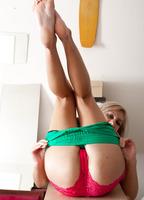 Aussie Teen Kasey (nude photo 5 of 15)