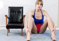Michaela (nude photo 3 of 15)