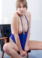 Michaela (nude photo 9 of 15)