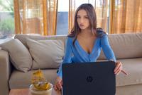 Gloria Sol in Freelancer by Alex-Lynn (nude photo 1 of 15)