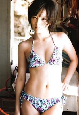 16 Pics: Sayaka Yamamoto teasing in softcore bikini shots