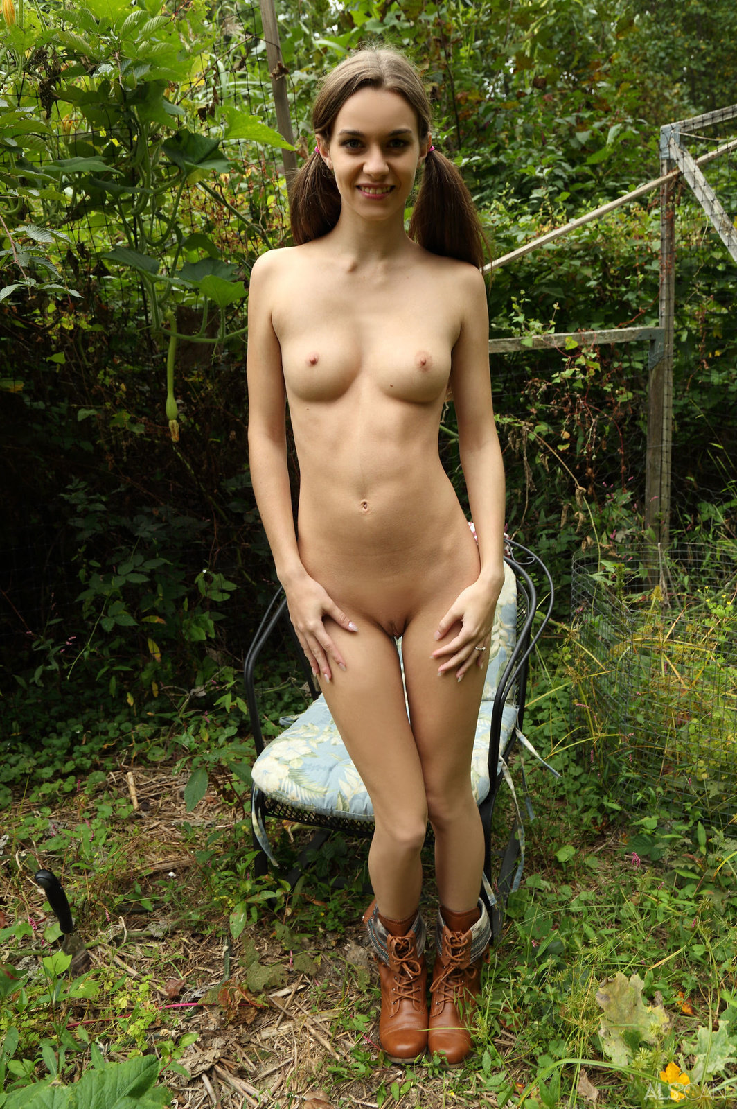 Tali Dova In Farm Girl By Als Scan 16 Photos  Erotic -5236