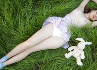 Lily in Wonderland (nude photo 10 of 20)
