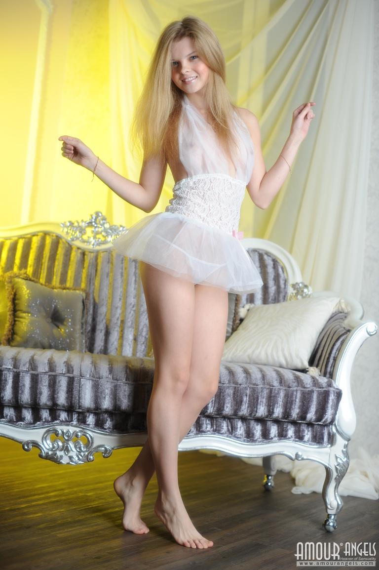 Sweet 16 Nude Pics