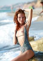 Kesy Nude on the Beach (nude photo 9 of 15)