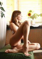 Tracy in Sunny Day (nude photo 8 of 15)