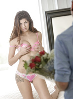 Ava Taylor in Flowers by Babes.com (nude photo 1 of 16)