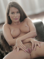 Lia Taylor in Sweet Tease (nude photo 9 of 16)