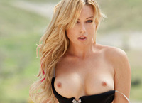 Kayden Kross in True Beauty (nude photo 5 of 16)