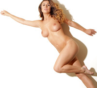 Kelly Hall in Future So Bright by Body in Mind (nude photo 12 of 14)