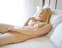 Lynn in Opaline (nude photo 12 of 14)