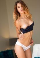 Uma Jolie in Simply Incredible by Digital Desire (nude photo 5 of 16)
