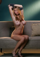 Shay Laren pops out of her top (nude photo 13 of 17)