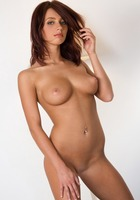 Victoria Lynn in Glamour Nudes (nude photo 8 of 16)