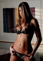 Erotic nude art pics of Bella Valentine (nude photo 8 of 15)