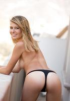 Lauren Clare in Outdoor Nudes (nude photo 11 of 16)