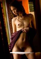Riley Reid in WIndow Tease by Digital Desire (nude photo 6 of 16)