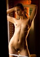Riley Reid in WIndow Tease by Digital Desire (nude photo 7 of 16)