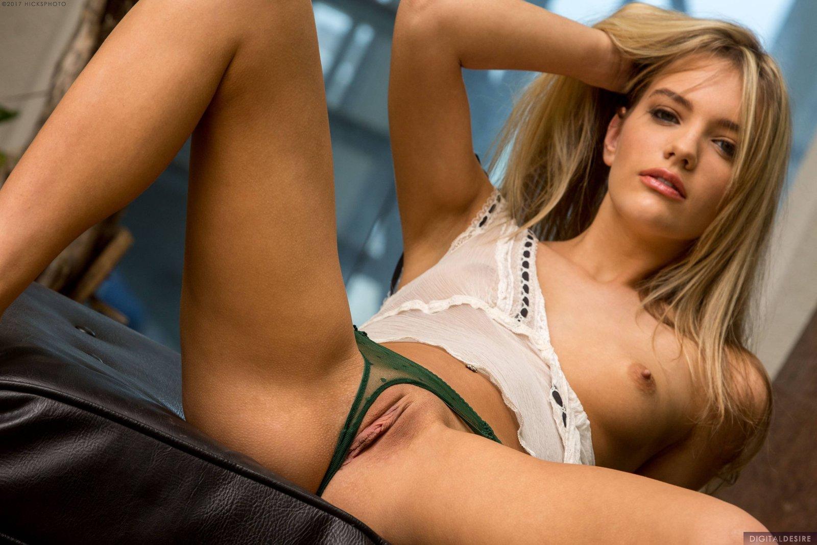 Kenna James In Dream Girl By Digital Desire 12 Photos -9869