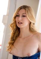 Alexa Grace in Morning Beauty by Digital Desire (nude photo 2 of 16)