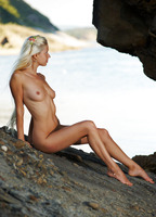 Silvia C in Cave Beauty (nude photo 12 of 16)