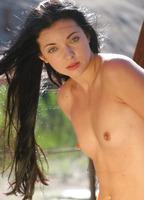 Anna Aq in Grasslands (nude photo 11 of 16)