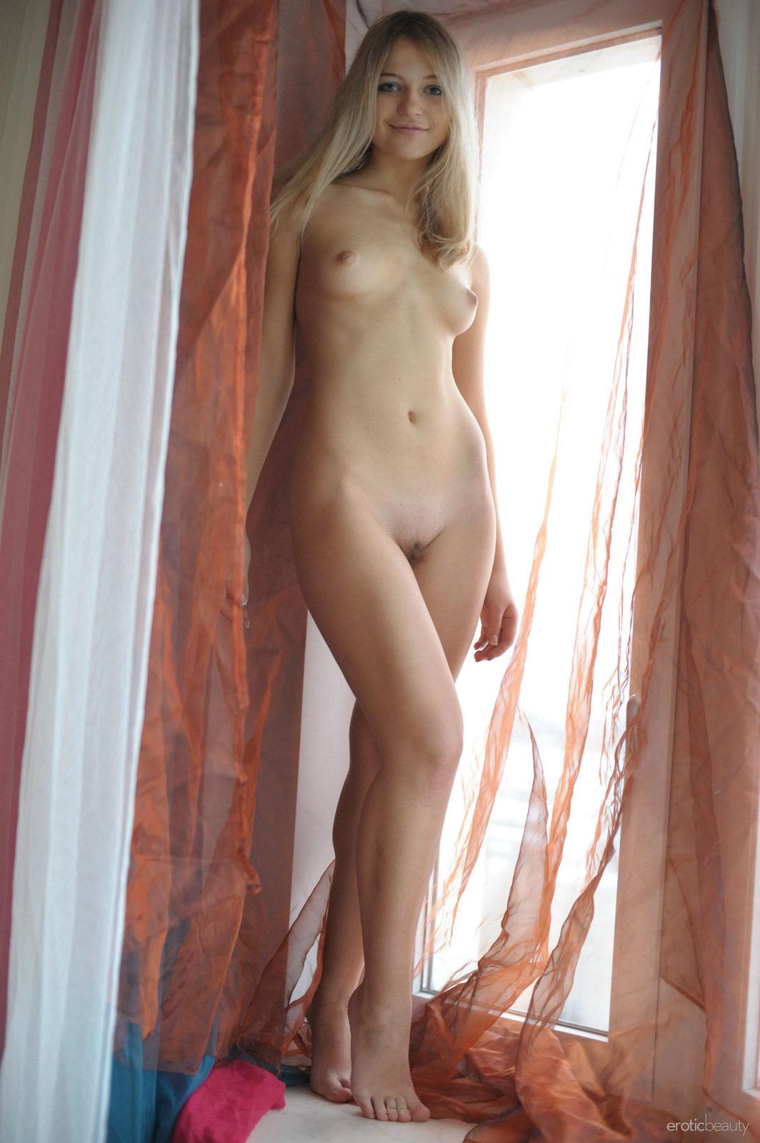 Erotic Beauties
