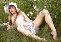 Sasha J in The Meadow by Erotic Beauty (nude photo 7 of 16)