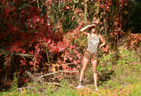 Sarka in Autumn Colors by Erotic Beauty (nude photo 1 of 16)