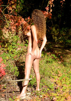 Sarka in Autumn Colors by Erotic Beauty (nude photo 4 of 16)