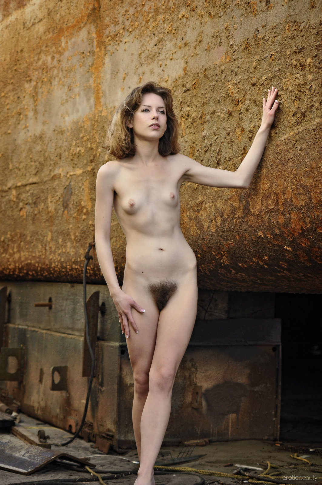 Emily Windsor In The Rock By Erotic Beauty 16 Photos -6473