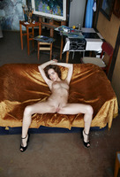 Zara in Golderama (nude photo 8 of 16)