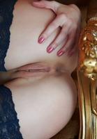Giulia in Gongorismo (nude photo 9 of 16)