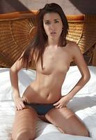 Malvina in Slender Beauty (nude photo 2 of 15)