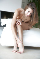 Antea in Minimalist (nude photo 6 of 16)