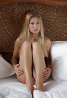 Felicity in Dineca by Errotica Archives (nude photo 10 of 16)