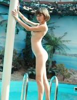 Tiny erotic teen Erene (nude photo 3 of 16)