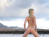 Belinda in outdoor nudes (nude photo 11 of 12)