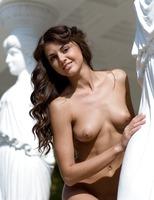 Alanis the Goddess (nude photo 1 of 16)