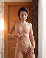 Natural beauty Nena (nude photo 8 of 12)