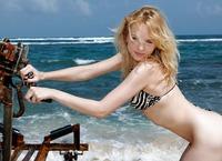 Beach Babe Lina (nude photo 1 of 16)