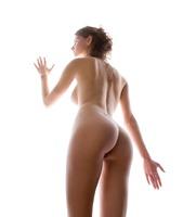 Busty Susann in Studio (nude photo 2 of 12)