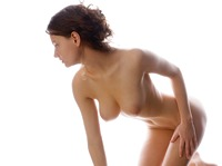 Busty Susann in Studio (nude photo 12 of 12)