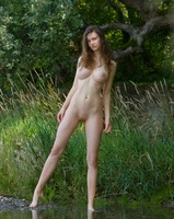 Susann in Something Special (nude photo 9 of 12)