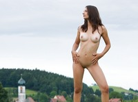 Nicolette in My Homeland (nude photo 3 of 12)