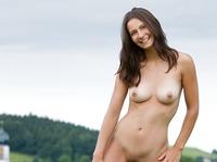 Nicolette in My Homeland (nude photo 4 of 12)