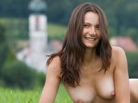 Nicolette in My Homeland (nude photo 8 of 12)
