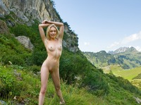 Katy in Swiss Mountains (nude photo 1 of 12)