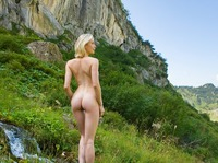Katy in Swiss Mountains (nude photo 2 of 12)