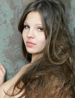 Elena M. in Premiere (nude photo 3 of 16)
